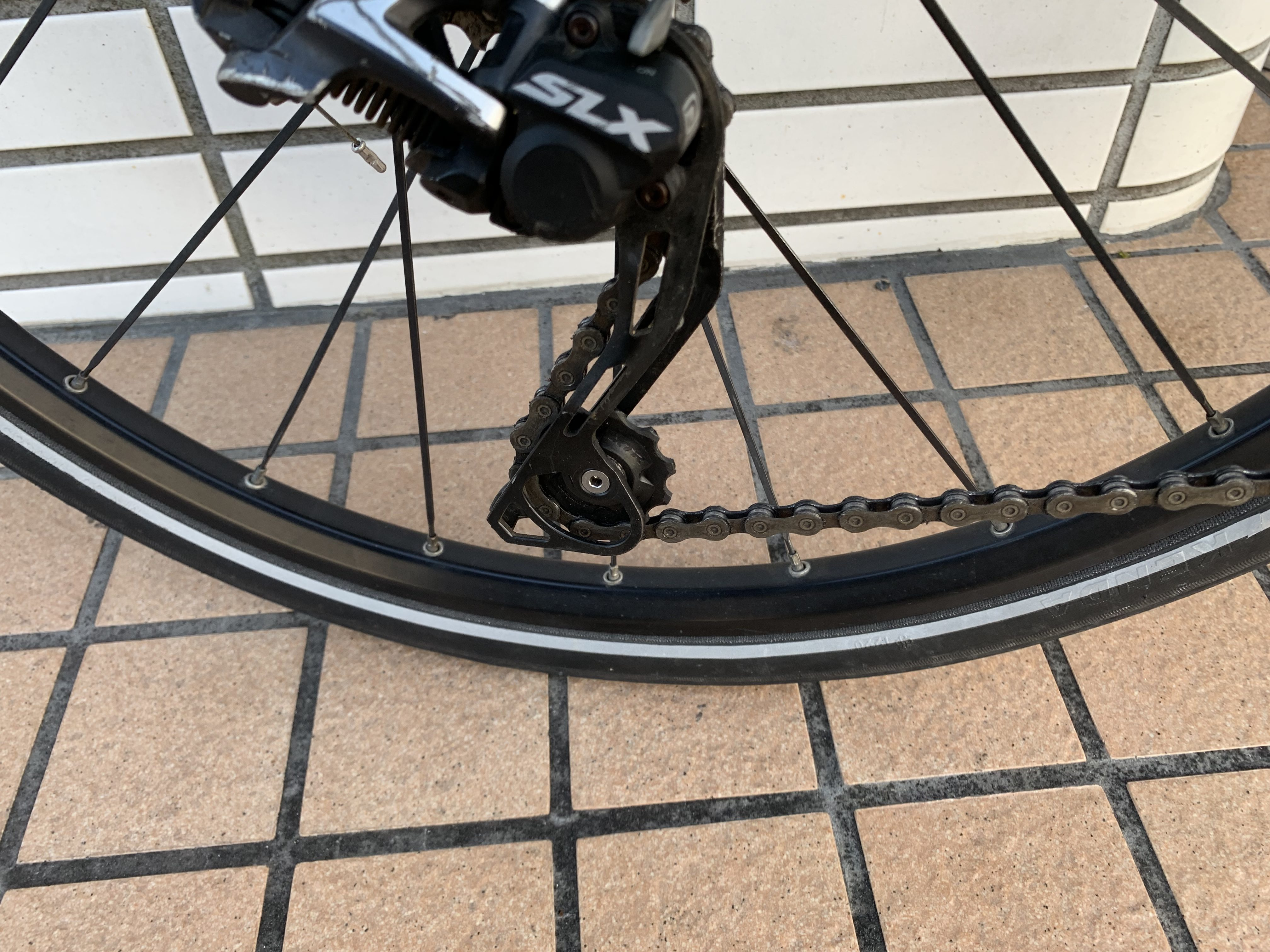 リアディレイラーのプーリーをベアリング入りに交換。自転車を速くする効果絶大!?